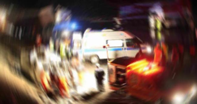 Mevsimlik işçileri taşıyan minibüs devrildi