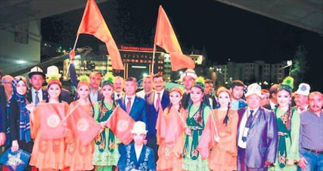 Kırgızlar dostluk rüzgârları estirdi