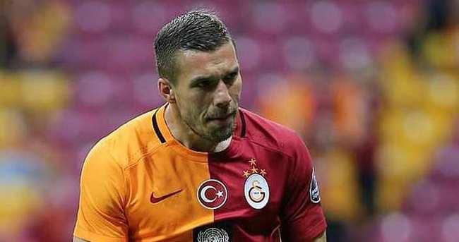 Podolski Galatasaray'dan ayrılıyor mu?