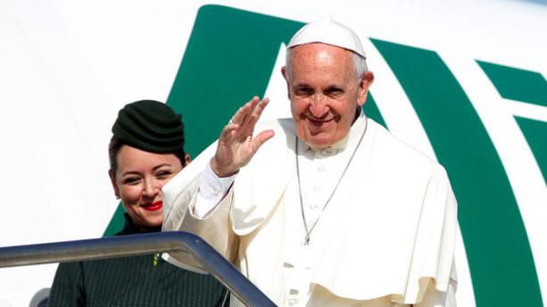 Papa Erdoğan'a uçaktan mesaj gönderdi