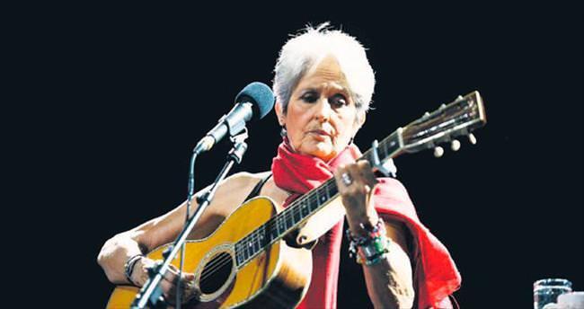 Folk müziğin 75'lik çınarı tekrar Türkiye'ye geliyor