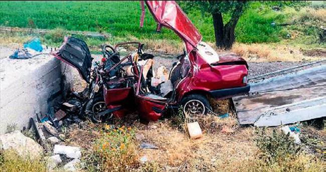 4 kişilik aile kazada yok oldu