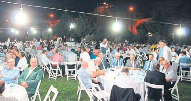 Birlik Vakfı ve Ayakdaş ortak iftar düzenledi