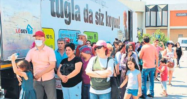 LÖSEV TIR'ı Antalya'da