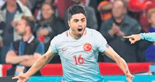 Ozan'ı Sunderland istiyor