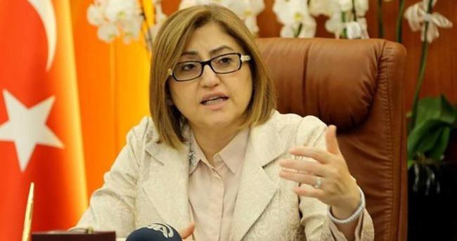 Fatma Şahin'den teröre set tepki