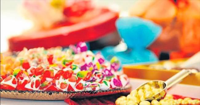 Ambalajına yapışık olan şekeri satın almayın
