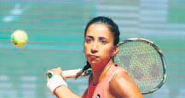 Çağla ve Sibel Rio'da yok
