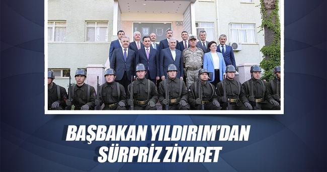 Başbakan Yıldırım'dan askerlere ziyaret