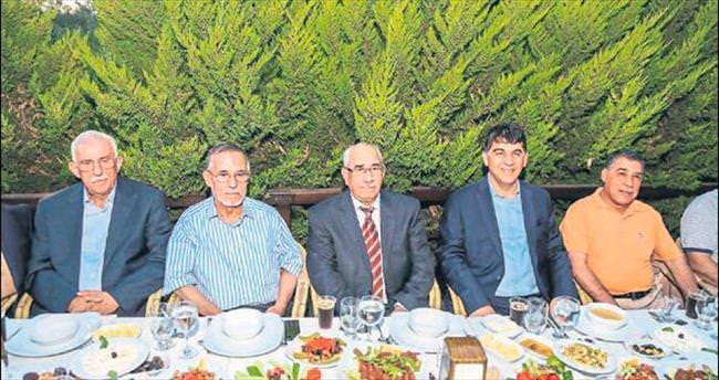 Rıdvan Fadıloğlu bu kez eski başkanları ağırladı