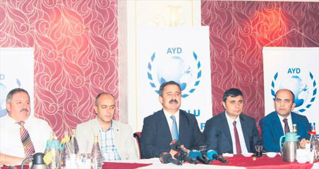 AYD'den gazetecilere iftar