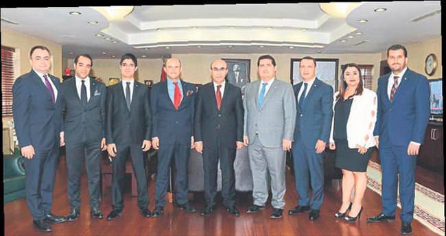 Adana'ya başkanlık sistemini anlatacak