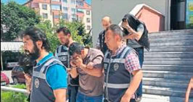 Polisler kasa hırsızı 3 kişiyi yakaladı