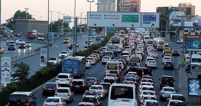 İstanbullu'ya trafik şoku!