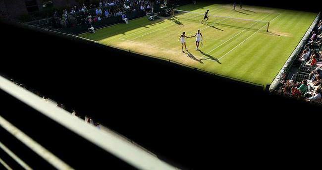 Ev parasına tenis maçı bileti...