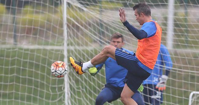 Middlesbrough, Van Persie'yi transfer etmek istiyor