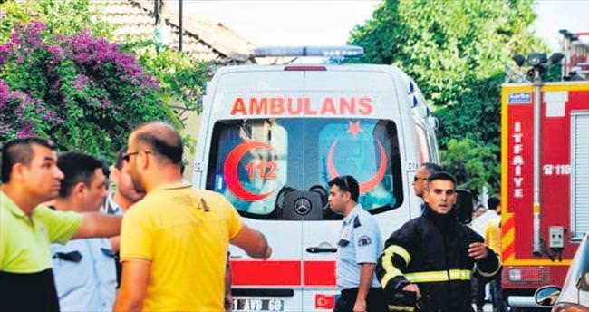 Bomba ellerinde patladı: 2 ölü