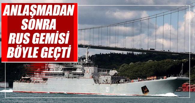 Rus gemisi Azov Boğaz'dan böyle geçti