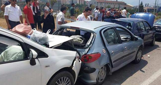 Karabük'te zincirleme kaza: 10 yaralı
