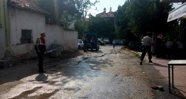 Pompalıyla köy kahvesini bastı: 3 ölü!