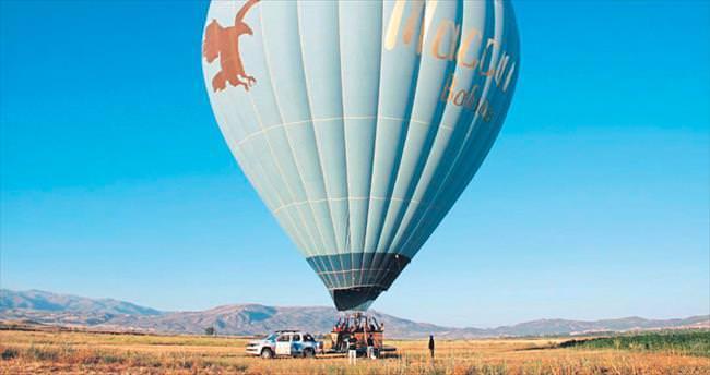 Burdur'da balon turizmi