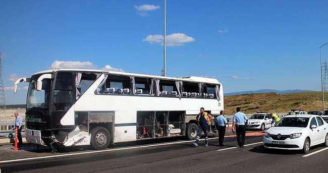 Osmangazi Köprüsü çıkışında kaza