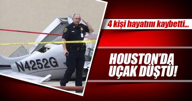Texas'ta motor arızası yüzünden uçak düştü