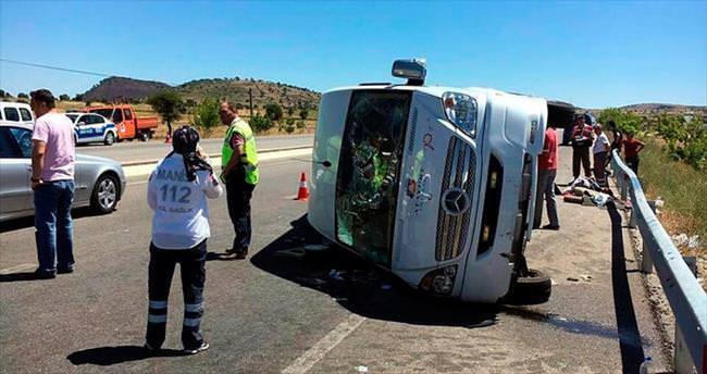 Adil Gür, Kula'da kaza geçirdi