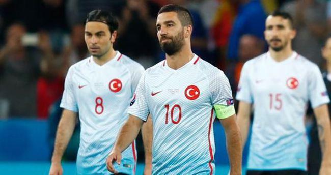Türkiye için şok sözler! Kepazelik...