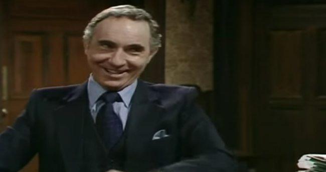 İngiliz dizisinden 36 yıl önce itiraf gibi AB sözleri