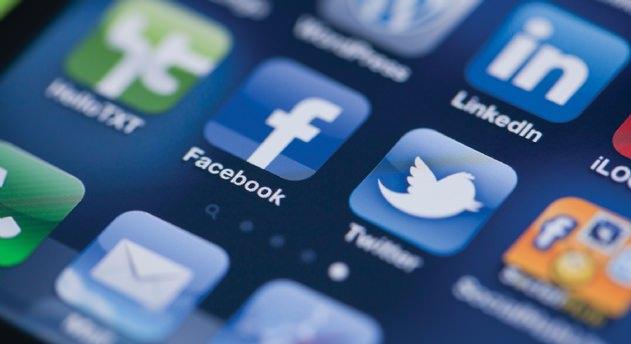 O ülkede Facebook ve Twitter yasaklandı