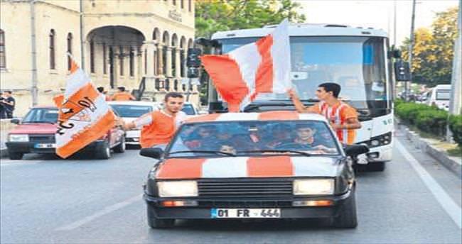 Şampiyon Adanaspor