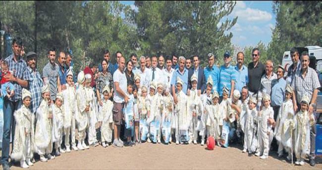 Karamanlı'da sünnet şöleni