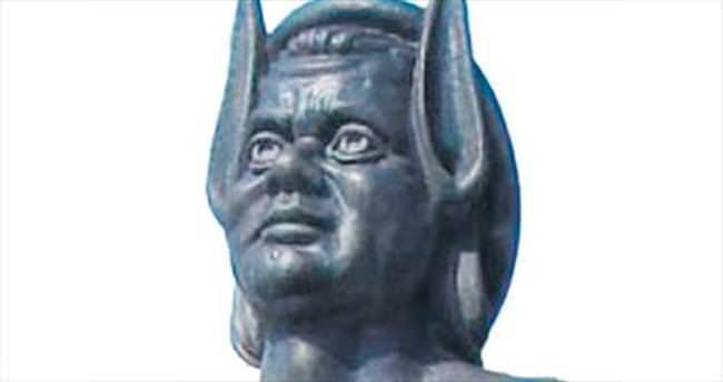 Midas'ın kulakları açılış haberinde