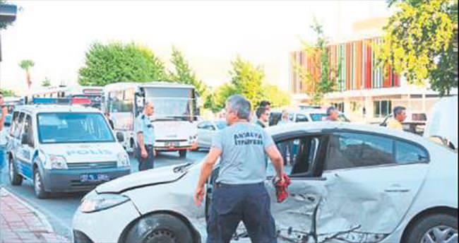 Alkollü sürücü kazası: 4 yaralı