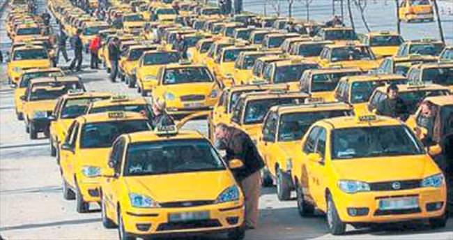 İzmir'deki şoför esnafı ÖTV indirimine sevindi