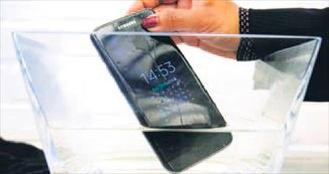 Samsung'a kötü haber: S7 Active su geçirdi