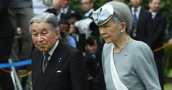 Japon İmparatoru Akihito 82 yaşında tahtı bırakıyor