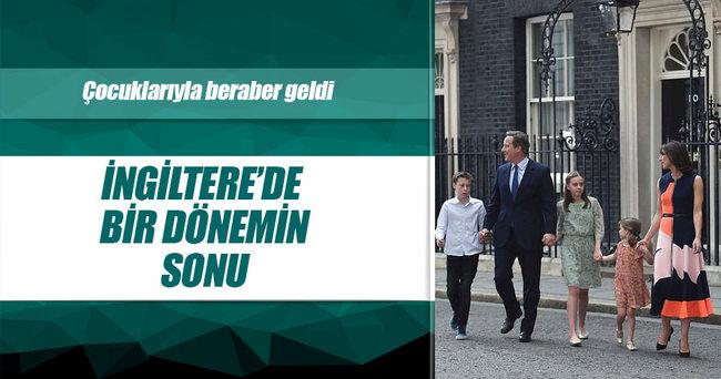 İngiltere Başbakanı Cameron istifasını Kraliçe'ye sundu