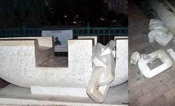 Aylan bebek anısına yapılan heykele saldırı