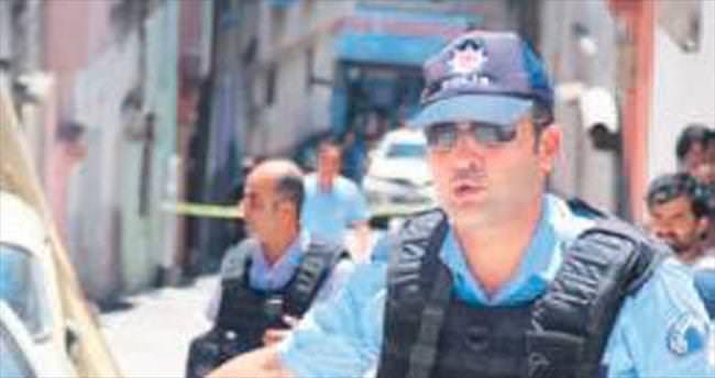 Takipteki terörist polisi yaraladı