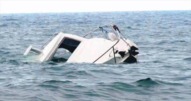Kaçak teknesi alabora oldu