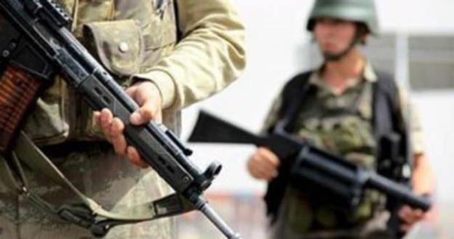 Derecik'te askeri üs bölgesine saldırı