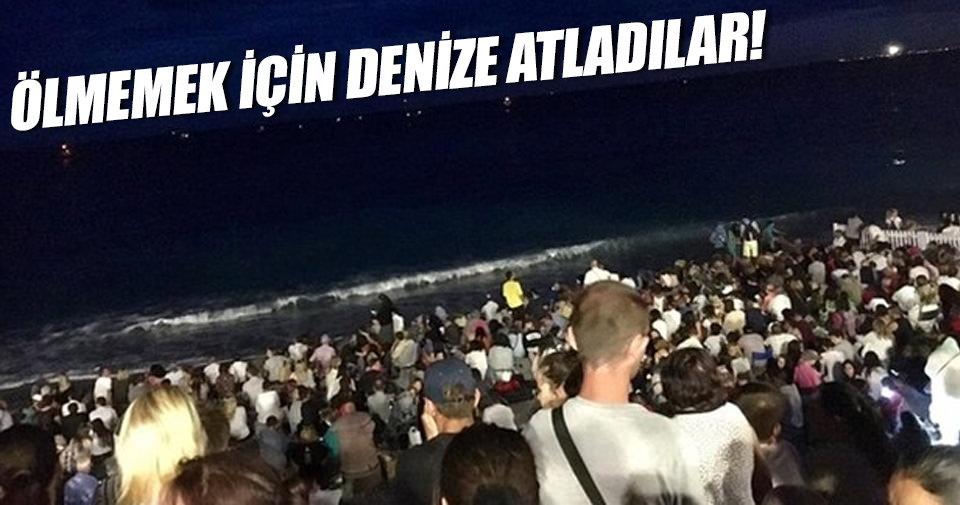 Yüzlerce kişi denize atladı