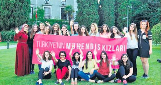 Türkiye'nin mühendis kızları sertifikalarını aldı