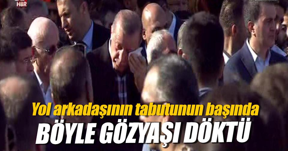 Demokrasi şehitlerine veda... Erdoğan gözyaşlarına hakim olamadı