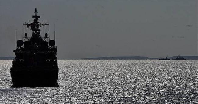 İran Aden Körfezi'ne filo gönderdi