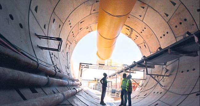 En uzun tünelde çalışma hızlandı