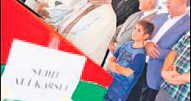 Türksat şehidinin oğlu saf tuttu
