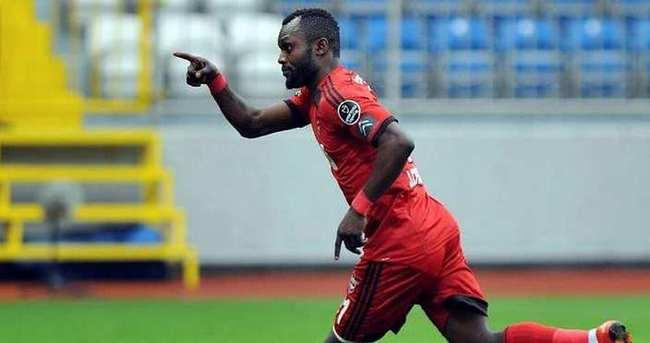 Chibuike transferi askıya alındı